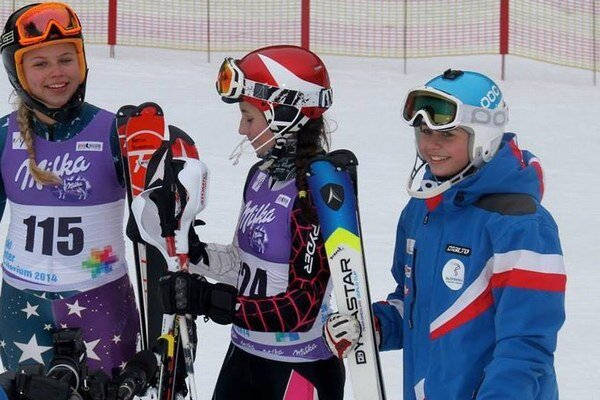 Simona Antalová (vpravo) absolvovala s reprezentáciou už niekoľko pretekov.
