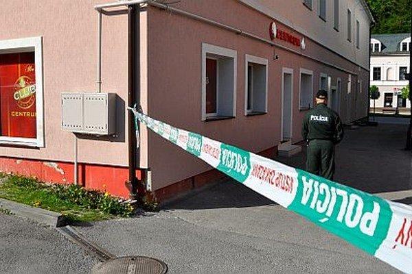 Vyšetrovanie lúpežného prepadnutia herne na Hviezdoslavovom námestí v Dolnom Kubíne.