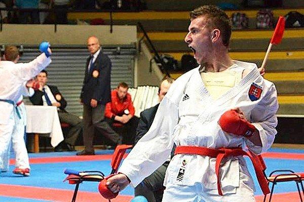 Miroslav Škvarek získal dve zlaté medaily.