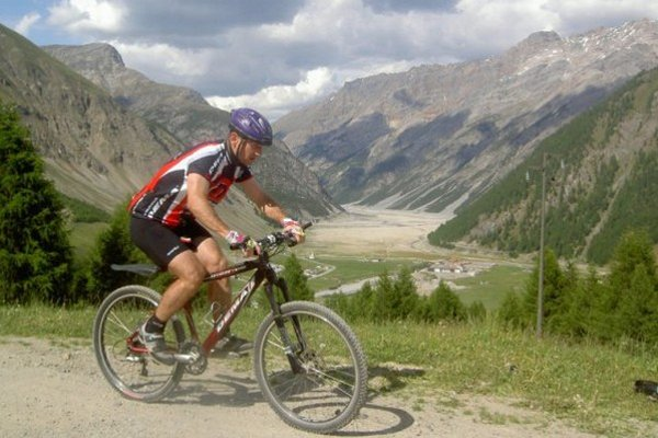Martin Bajčičák zarezával v lete aj na bicykli.