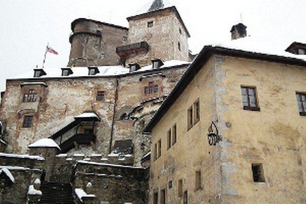 Padajúci sneh - jedna z posledných nástrah, ktoré číhajú na hrade.