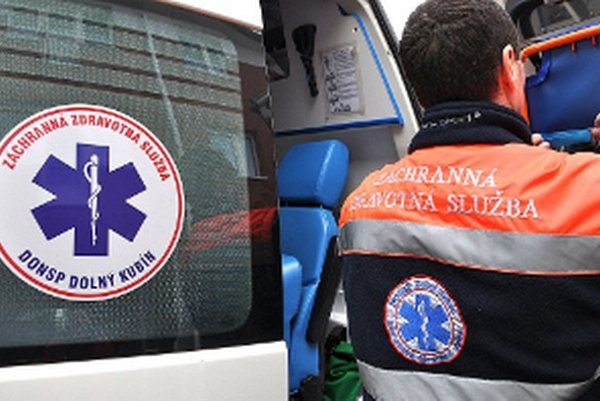 Záchrannú službu po druhom kole výberových konaní prevádzkuje už len kubínska nemocnica.