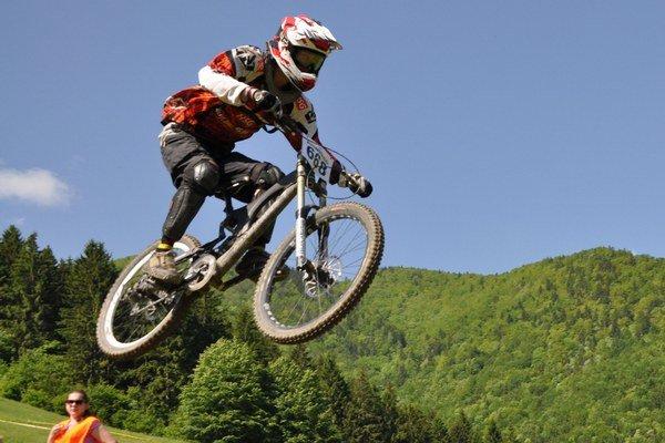 Marek Pavelek patrí vo svojej kategórii medzi slovenskú downhillovú špičku.