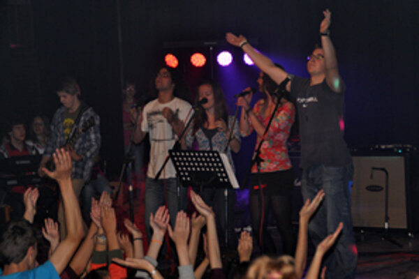 Námestovskí žiaci zorganizovala benefičný koncert.