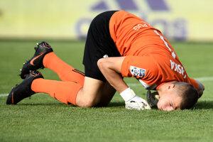 Tomasz Loska z Górnika Zabrze reaguje po inkasovanom góle.