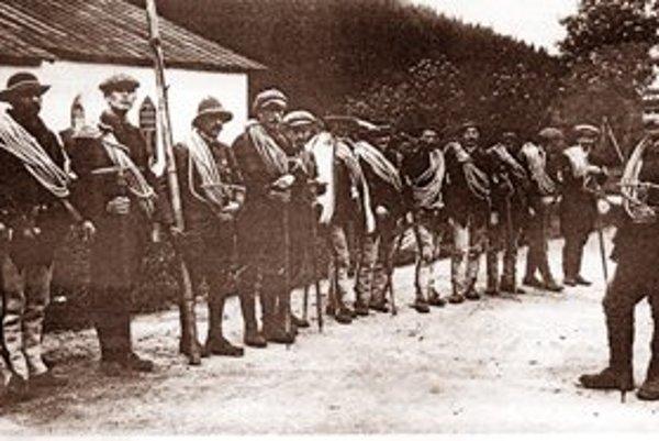 Poľskí záchrancovia z TOPR. Fotografia je z roku 1910, dvaja sliezski horolezci zahynuli v roku 1911.