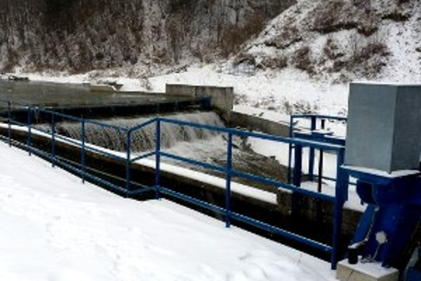 Malá vodná elektráreň v Lomnej.