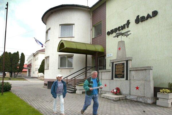 Obecný úrad v Očovej zrekonštruujú.
