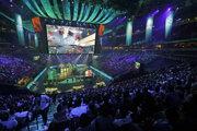 Podľa fanúšikov majú e-športové turnaje lepšiu atmosféru ako koncerty.