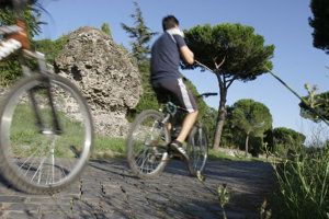 Niektoré cesty z čias Rímskej šíre sa používajú dodnes.