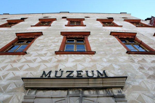 Stredoslovenské múzeum.