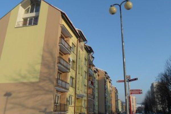 Nadstavba bytovky patrí spoločnosti OFZ.