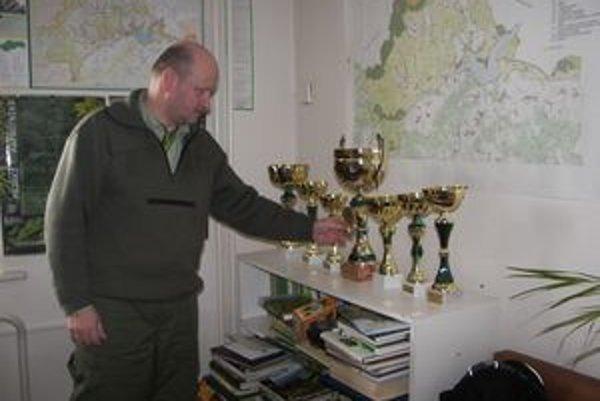 Róbert Trnka je majiteľom mnohých ocenení. Naposledy získal prvé miesto a putovný pohár za dokumentárny film na Medzinárodnom filmovom festivale v Leviciach.