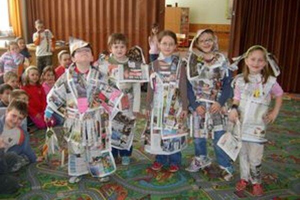 Školáci z Oravskej Lesnej sa už v tomto roku môžu tešiť na krásne nové knižky.
