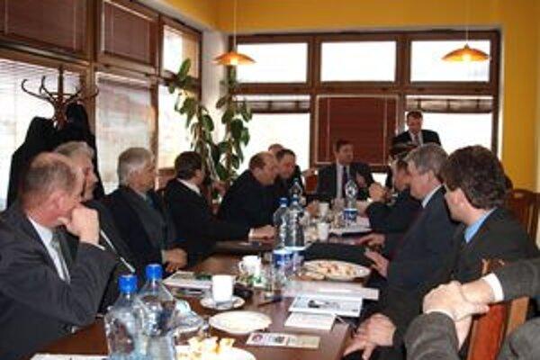Na Združení miest a obcí Bielej Oravy rokovali starostovia aj o novelách pripravovaných zákonov.