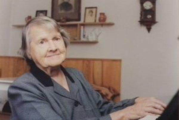 Ilona Oraszághová mala rada hudbu. Ešte aj v pokročilom veku hrávala na klavír.