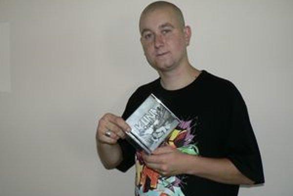 Ján Bečka alias Kuna plánuje svoj nový album pokrstiť 15. augusta v dolnokubínskom klube Bengoro.
