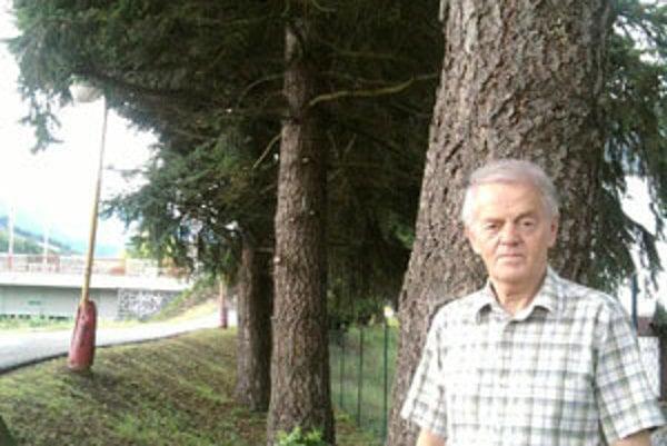 """Alfréd Grolmus. Ako záhradník mesta vozil do Dolného Kubína 15-ročné """"sadenice"""" až z Oravskej priehrady."""