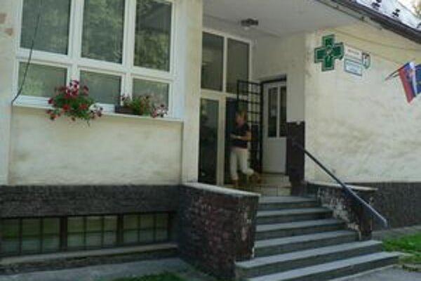 Na obnovu budovy získal Oravský Podzámok dotáciu z úradu vlády.