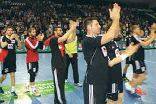 Topoľčianski hádzanári po poslednom zápase v Prešove.