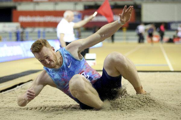 Olympijský víťaz z Londýna 2012 v skoku do diaľky Greg Rutherford.