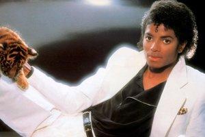 Michael Jackson pri fotení obalu platne Thriller. 29. augusta by mal 60 rokov.