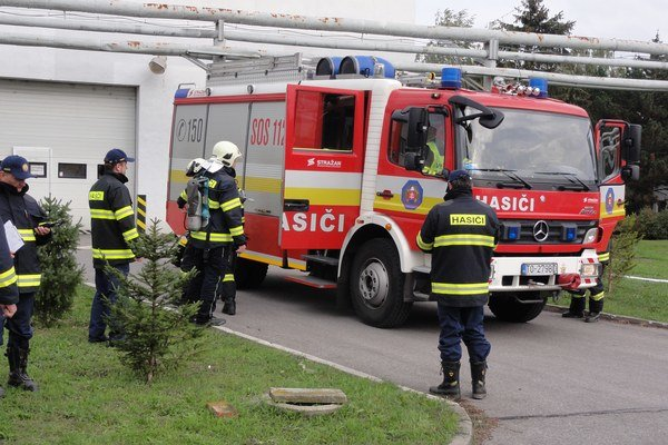 Prišlo deväť hasičských zborov.