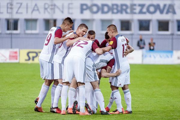 Futbalisti Podbrezovej na ilustračnej fotografii.