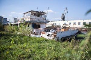 Úvahy o obnovení vyhliadkovej lode na bratislavskom toku Dunaja posilnili informácie o vytvorení lodného spojenia medzi Bratislavou a Šamorínom.