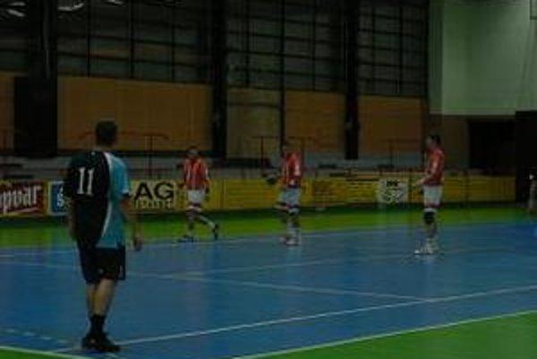 Topoľčany vyhrali v Bojniciach o päť gólov