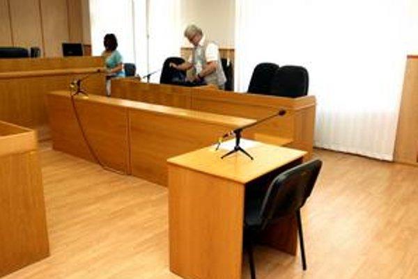 Sudca Valkovič na pojednávanie neprišiel.