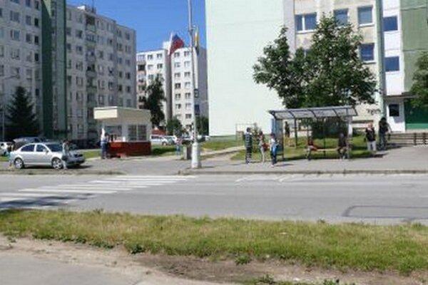 Na konečnej zástavke v Záturči mal dostať Michal bitku.
