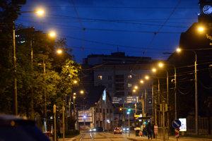 Rozhodovať sa bude aj o verejnom obstarávaní na osvetlenie.