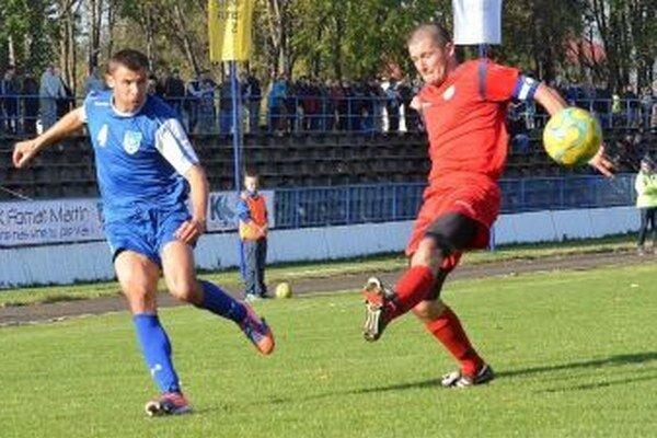 Michal Hanek (č. 4) v akcii.