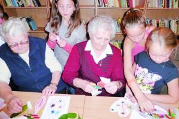 Det a seniori spoločne ukázali svoju šikovnosť.