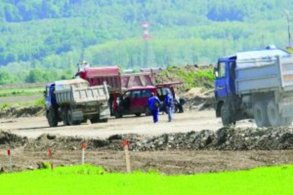 Diaľničný úsek Turany - Hubová dostal ďalšiu šancu.