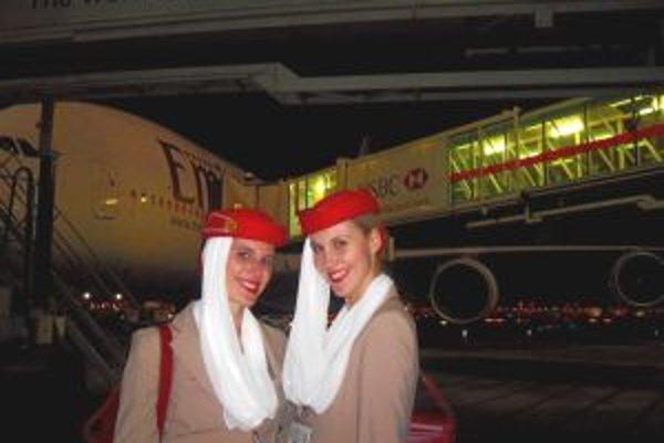 Eva Marunová (vpravo) pracuje ako letuška v Dubaji už vyše štvrťroka.