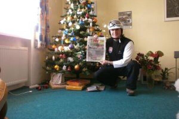 Peter Vons s MY Turčianskymi novinami tesne pred odchodom na lyžovačku.