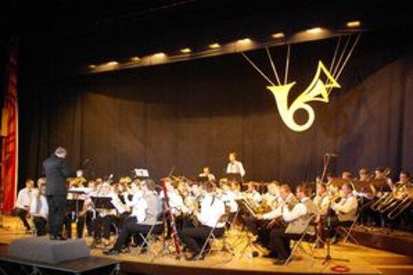 Pozrieť si vystúpenie orchestra počas novoročného koncertu si Považskobystričania nenechajú ujsť v meste. Sú naň hrdí, vždy je vypredané.