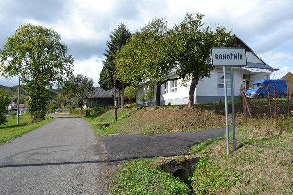Obec Rohožník je najmenšou obcou v Humenskom okrese.