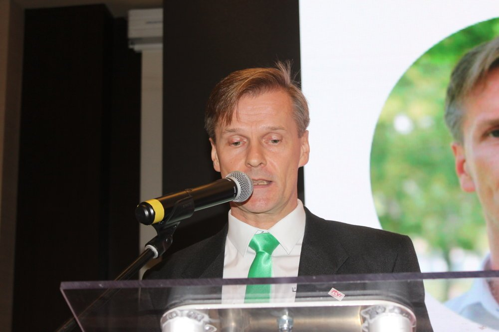 Mikrofónu sa ujal Ľuboš Kasala – zakladateľ Zelenej vlny RTVS