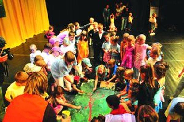 Deti v Strojári ukázali aj svoju výtvarnú zručnosť.