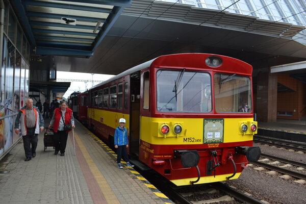 Historické vlaky v Poprade.