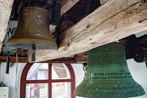 Zvon v historickej zvonici.