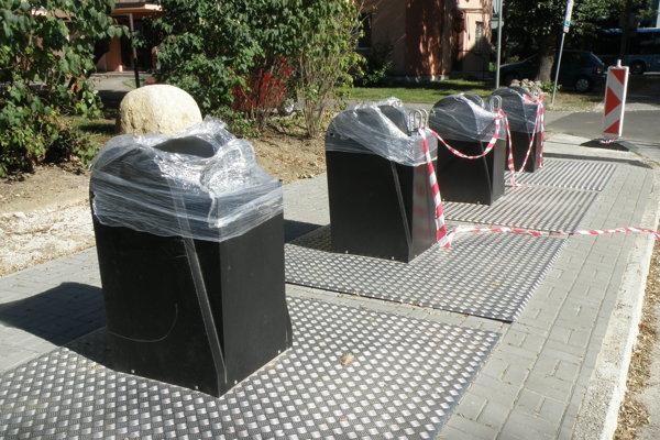 Polopodzemné kontajnery pripravujú aj v Prievidzi.