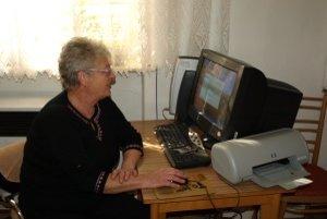 Božena Kubisová stihla do elektronického zoznamu zapísať zatiaľ len zopár autorov. Privítala by pomoc od šikovných študentov.