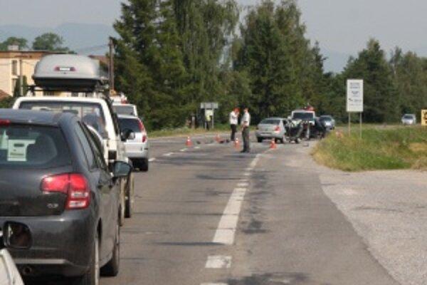 Nehoda na výjazde z Turčianskych Teplíc v smere do Martina nemala hrozivé následky.