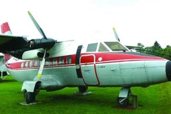 LET L 410 A bol v júni 1972 unesený do Nemecka. Pilot Ján Mičica pri únose zahynul.