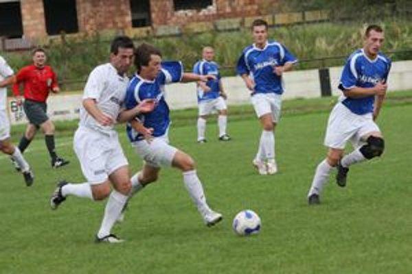 Futbalisti Turian odohrali v Novej Bani nešťastný zápas.