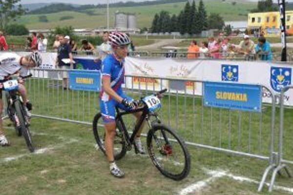 Janka Števková skončila v súťaži žien na 17. mieste.